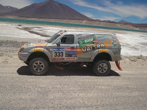 O Mitsubishi Pajero durante travessia na Cordilheira dos Andes. Foto: Divulgação