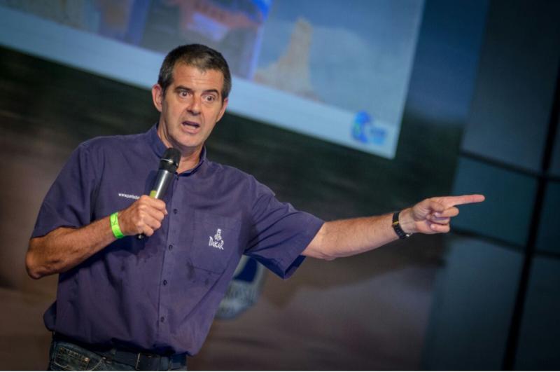 Palestra Motivacional do Piloto e Engenheiro Klever Kolberg para inspirar 400 líderes da área de TI do Banco do Brasil - Foto Vitor Ramos