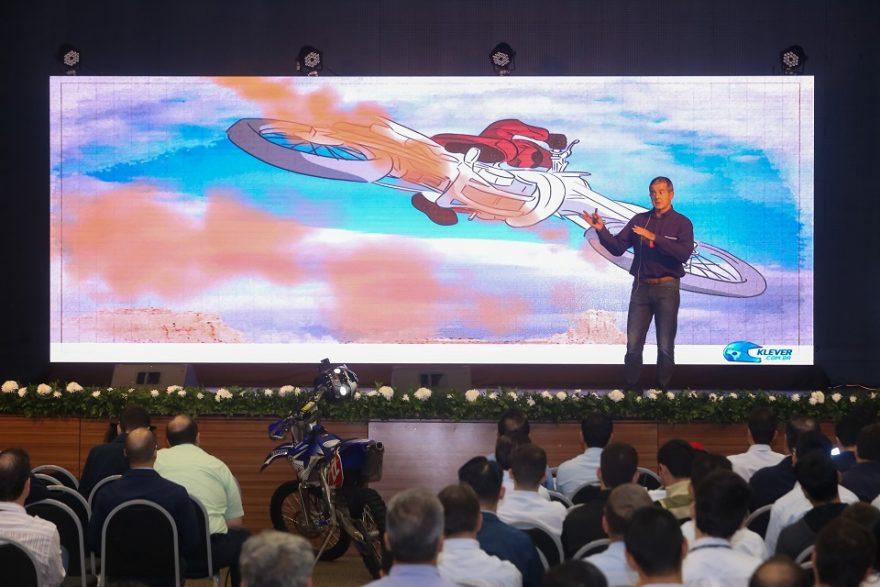 Palestra Motivacional do Piloto e Engenheiro Klever Kolberg para a Sipat da Itaipu - Foto Nilton Rolin