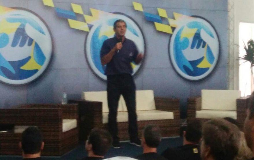 Palestra Motivacional do Piloto de rally e Engenheiro Klever Kolberg para inspirar a equipe de TI do Banco do Brasil