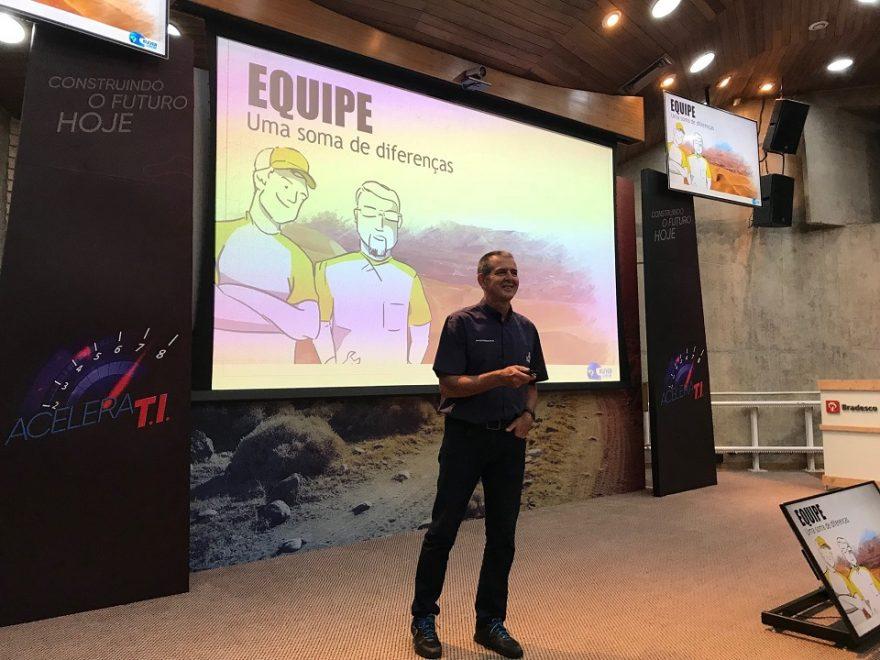 Palestra Motivacional do Piloto e Engenheiro Klever Kolberg para engajar gestores de TI