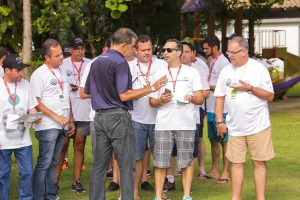 No Treinamento Motivacional Klever Kolberg capacitou cada equipe do Team Building - Rally de Regularidade